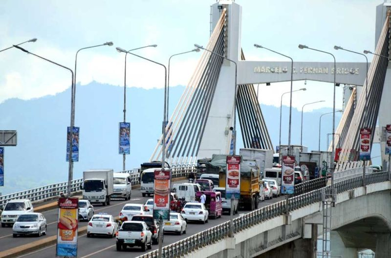 INFRASTRUCTURE NEEDS. Business leaders warn that if the government fails to address the chronic traffic congestion in Metro Cebu, Cebuanos will not fully enjoy the impact of its economic growth. Philip Tan, former president of Mandaue Chamber of Commerce and Industry, says Cebu's infrastructure hasn't been able to keep up with the robust growth. (SUNSTAR FILE)