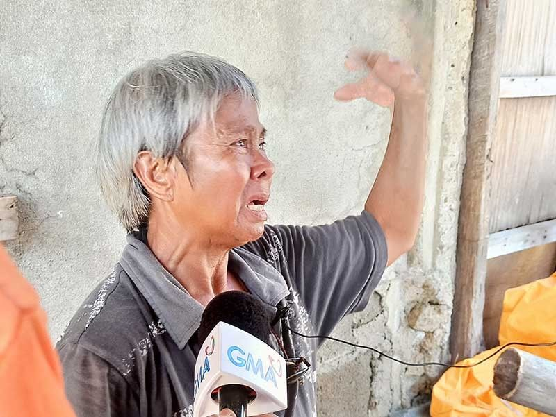 ILOILO. Alma de Asis, 64, tearfully recalls her family's ordeal in Barangay Pasayan, Batad, Iloilo at the height of Typhoon Ursula (Phanfone) before dawn of December 25, 2019. (Photo by Leo Solinap/SunStar Philippines)