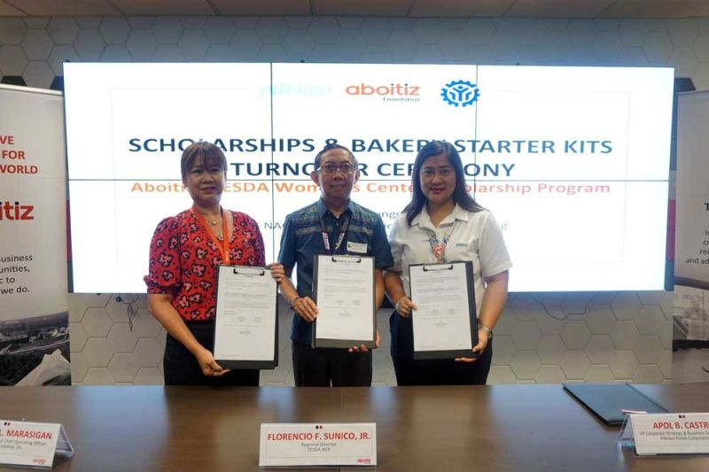 HELPING STUDENTS. Officials from the Aboitiz Group—Aboitiz Foundation first vice president and chief operating officer Maribeth Marasigan and Pilmico vice president for strategy and business development Apol B. Castro (left and right, respectively)—pose with Technical Education and Skills Development Authority-National Capital Region Director Florencio Sunico (center) during the recent turnover of Aboitiz's scholarship and livelihood package. (CONTRIBUTED FOTO)