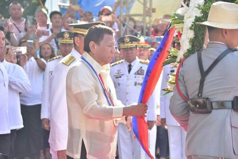 PRESIDENT Rodrigo Roa Duterte and Davao City Mayor Sara Duterte-Carpio lead the 123rd anniversary of the martyrdom of Philippine hero Jose Rizal in Davao City Monday, December 30, 2019. (Photos by Macky Lim)