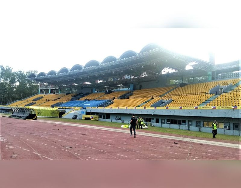 BACOLOD. Panaad Stadium to undergo a major facelift in 11 months worth P150 million. (Photo by Jerome Galunan Jr.)