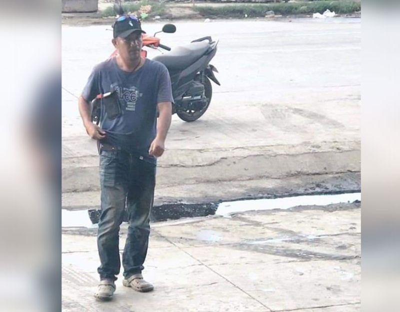 UNANG nag-viral sa Facebook ang hulagway ni Glenn Calang human giingong nangilkil sa mga fish dealer sa Barangay Bulua ning siyudad sa Cagayan dr Oro ug nagpatuong polis. (Hulagway tampo sa Cocpo)