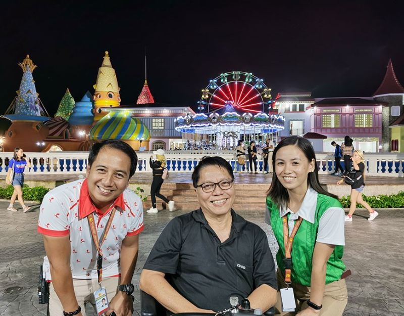 Mr. Reynaldo Bantug, CEO/President of ATON Land and Leisure (center) is with Jessric N. Maria, Sales and Marketing Head, (1st from left) and Lezlie Rose G. Bitalac at Magikland theme park in Silay City.