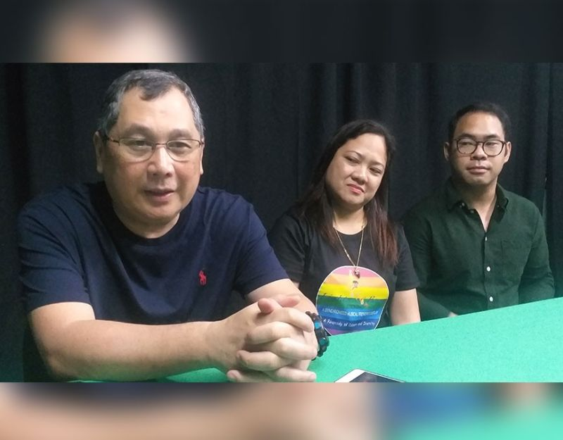 Bago City Mayor Nicholas Yulo (left) talks on the direction of the city for 2020 in an interview there recently. (Erwin Nicavera)