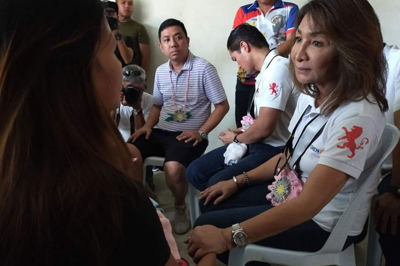 AUDITORY GOVERNANCE. Cebu Gov. Gwendolyn Garcia (right) listens to the concerns of her constituent in Tudela town, Camotes Island on Tuesday, Jan. 7, 2020. (SunStar photo / Rona Fernandez)