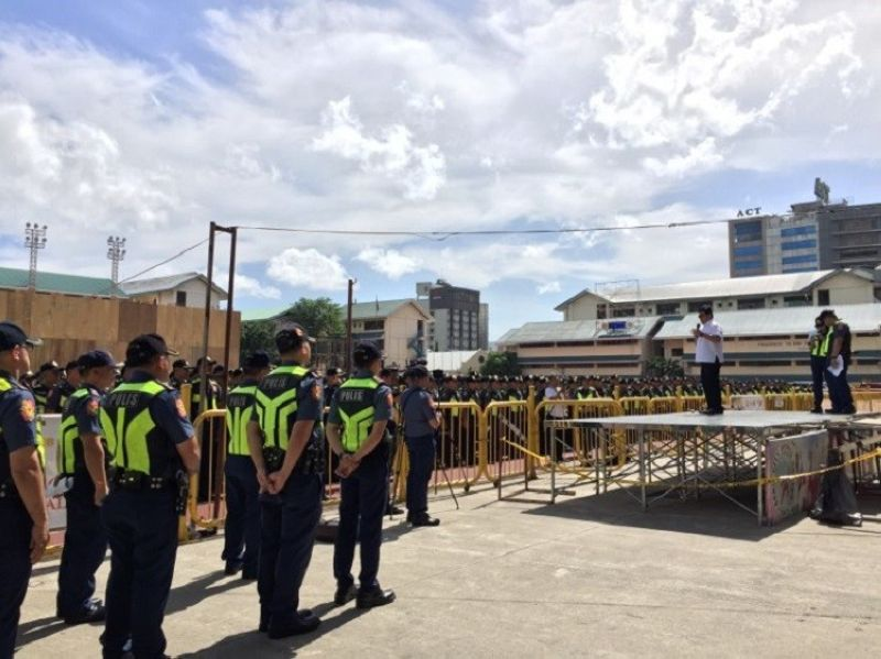 CEBU. Around 1,600 police personnel will be deployed starting Wednesday evening, January 8, in preparation for the start of the novena masses at the Basilica Minore del Santo Niño on Thursday, January 9. (Photo by Jerra Librea)