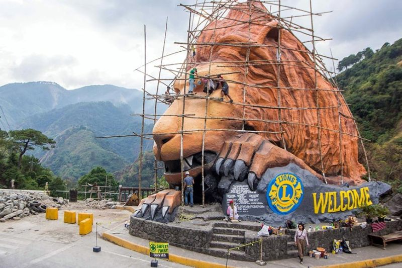 BAGUIO. Almost reaching the golden age of 50 since it was unveiled to the public in 1972, Baguio's iconic lion's head is undergoing a total makeover. The 40-feet structure started its makeover December 2019 were 10 artists work on the lion's head led by Silvino Dulnuan, the head artist who also painted the Pamana mural along Nagulian Road. (Jean Nicole Cortes)