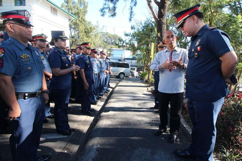 BAGUIO CITY. Mayor Benjamin Magalong gives a quick message to the Baguio City Police Office (BCPO) led by city director Colonel Allen Rae Co. (Photo by Jean Nicole Cortes)