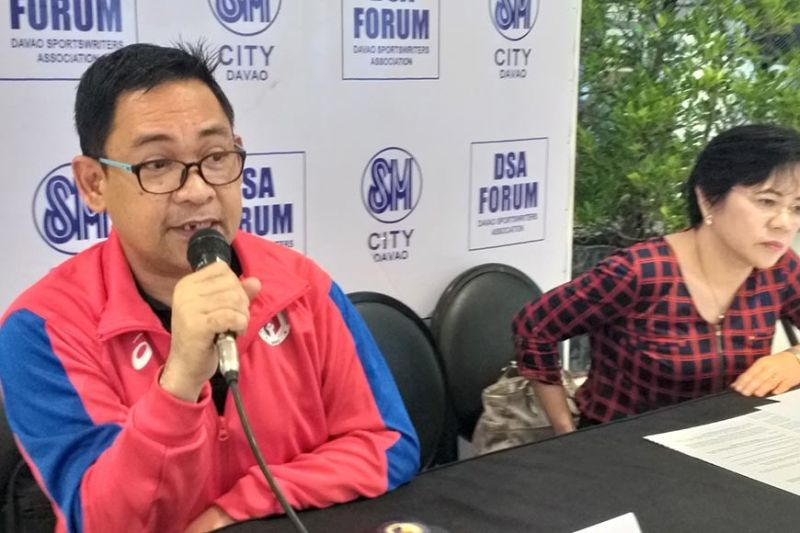 DAVAO. Si Philippine Sports Association for Differently-Abled (Philspada) Davao president James Infiesto naghisgut sa mahimong partisipasyon sa pipila ka atletang Dabawenyo sa 10th Association of Southeast Asian Nations (Asean) Para Games 2020 sa Pilipinas, Huwebes, Enero 9, 2020 sa Davao Sportswriters Association (DSA) Forum sa The Annex sa SM City Davao. (Marianne L. Saberon-Abalayan)