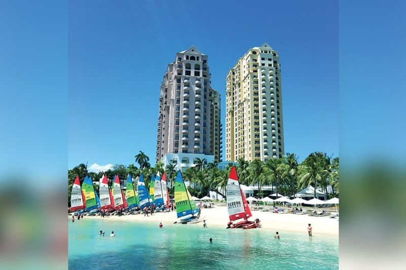 LEVELING THE PLAYING FIELD. Hotels and resorts in Mactan Island are said to be enjoying full occupancy. This is in contrast to the low bookings observed by hoteliers in Cebu City amid the approaching Sinulog Festival. The Lapu-Lapu City Tourism Office says it will push for the registration and accreditation of tourism enterprises, including Airbnb properties, in compliance with the Tourism Act of 2009. (Sunstar File)