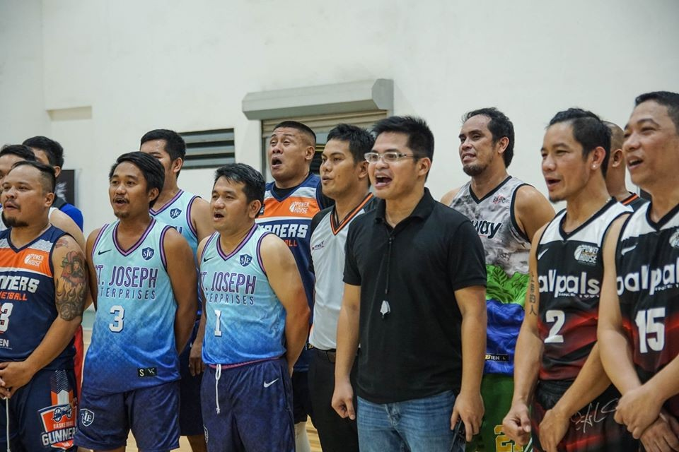 League mastermind Gem-Gem Tero with some of the Power House cagers in Cagayan de Oro. (Supplied photo)