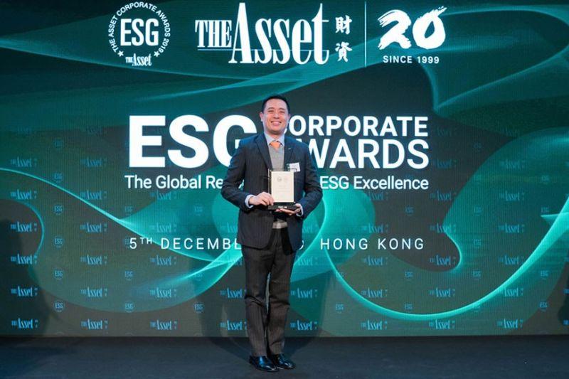 HONG KONG. Receiving the award on behalf of BDO and SM is BDO Hong Kong branch Senior Vice President Howard Lincoln Son during The Asset ESG Corporate Awards ceremony held recently in Four Seasons Hong Kong. (PR)