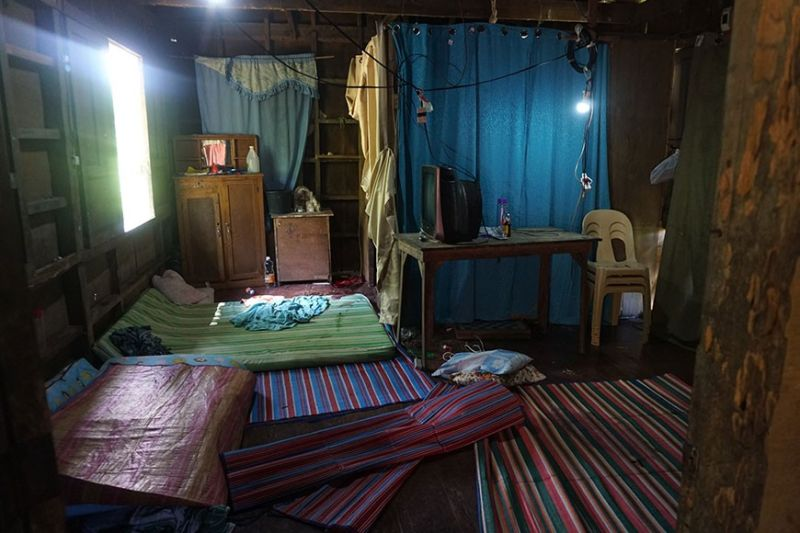 SCENE OF THE CRIME. Severino Tolomia and his wife Anatalia, both 72, were shot dead by an unidentified man inside the bedroom of their house in Purok 1, Barangay Bae in the southern town of Sibonga, Cebu in the wee hours of Thursday morning, Jan. 16, 2020. Their three grandchildren who slept in the same room survived. Two jumped out of the window, while one hid under his mat. (Sunstar Photo / Alex Badayos)