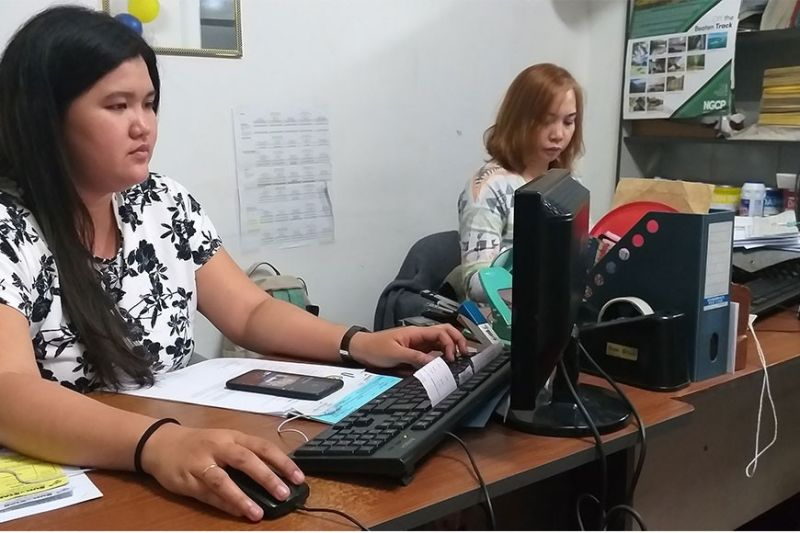 BACOLOD. The National Wages and Productivity Commission (NWPC) says employees who will work on April 9, 2020 are entitled to 300 percent of their daily wage rate. (Contributed photo)