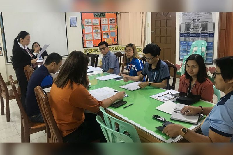 PAMPANGA. Members of the Provincial Council for the Welfare of Children convene in a meeting Tuesday in a bid to make all Local Council for the Protection of Children in Bataan achieve highly-functional level. (PIA-Central Luzon)