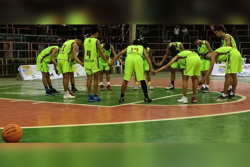 CAGAYAN DE ORO. Home squad Tagoloan Eagles face the talented Bobontugan hoopsters from Jasaan in the semifinals of the Chooks-To-Go NBTC MisOr Qualifier set this morning, January 19 at the Tagoloan Dome of Misamis Oriental. (Lynde Salgados)