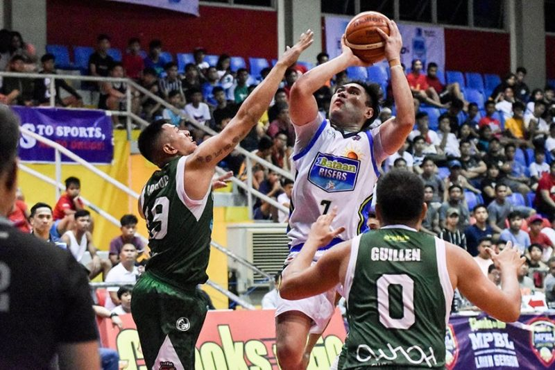 BIG NUMBERS. Eric Llanto dropped 18 points and seven rebounds in Bataan's 17th win of the season. (Contributed Photo)