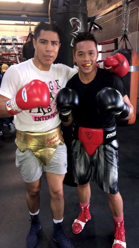 TRAINING. Former ALA Boy Jason Pagara (right), now based in the US, is helping Jessie Vargas prepare for his fight against Mikey Garcia.  (CONTRIBUTED FOTO)