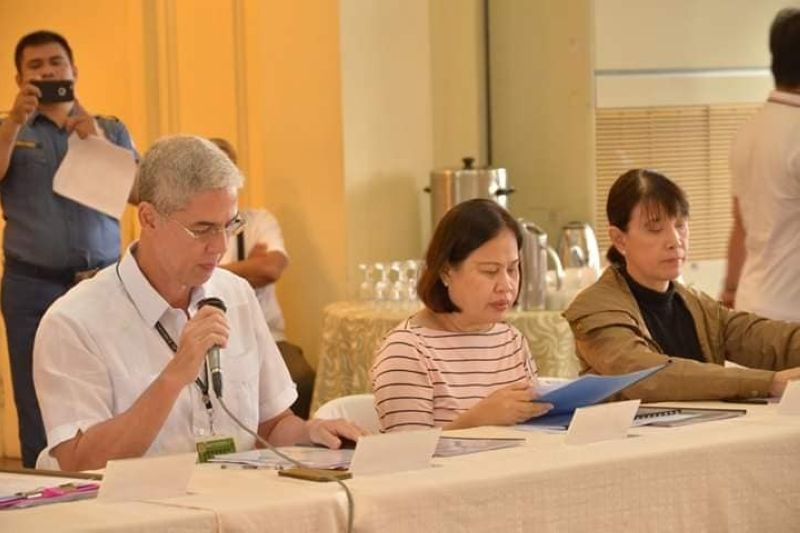 BACOLOD. Governor Eugenio Jose Lacson presides the Provincial Disaster Risk Reduction and Management Council meeting held at the Provincial Capitol's Social Hall in Bacolod City Monday, January 20, 2020. (Capitol PIO)