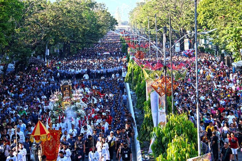 SOLEMN SPIRITUALITY.  An estimated three million devotees participate in the solemn foot procession on the eve of Fiesta Señor on Saturday, Jan. 18, 2020. (Sunstar Photo / Amper Campaña)