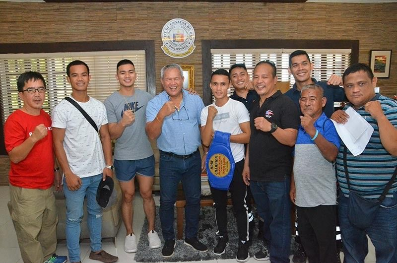 CAGAYAN DE ORO. Maamo's entourage with Cagayan de Oro Mayor Oscar Moreno during their recent courtesy call at the City Hall. (Contributed Photo)