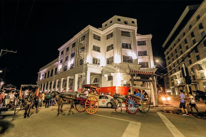 "MORE REASONS TO CELEBRATE.Following the unveiling of the new branding ""Celebrate Cebu,"" the Cebu City Tourism Commission vows to introduce more reasons to celebrate Cebu in the form of enhanced tourism offerings that will attract young travelers. The photo shows one of Cebu's heritage tourism activities—the famous tartanilla ride in Cebu's downtown area. (Sunstar File)"