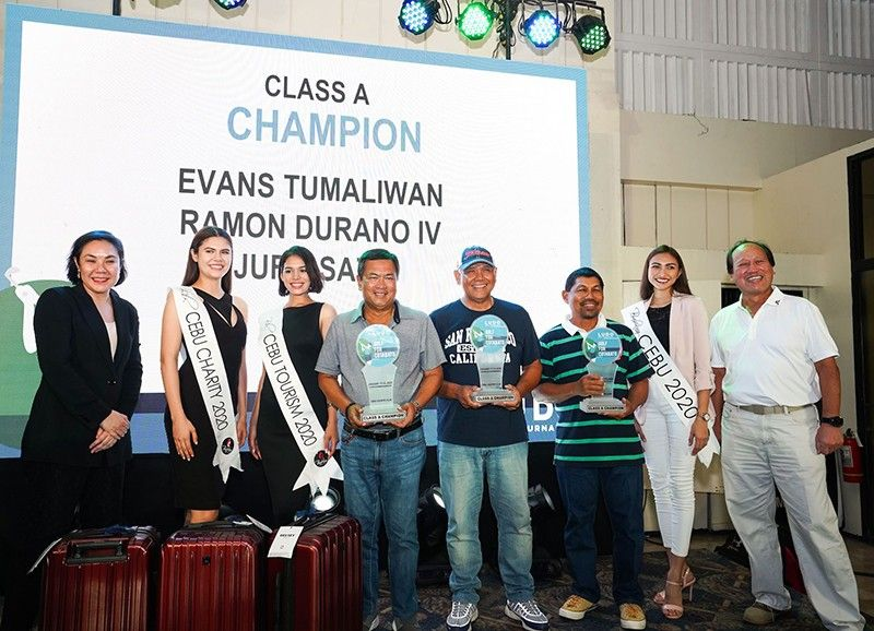 Communications Head Amanda LuYm, Binibining Cebu Charity 2020 Betty Davis, Binibining Cebu Tourism 2020 Ameena Allababidi, Binibining Cebu 2020 Beatrice Gomez, and Head of Operations Andrew Co join Division A champions Ramon Durano, Evans Tumaliwan, and Jufil Sato. (Contributed photo)