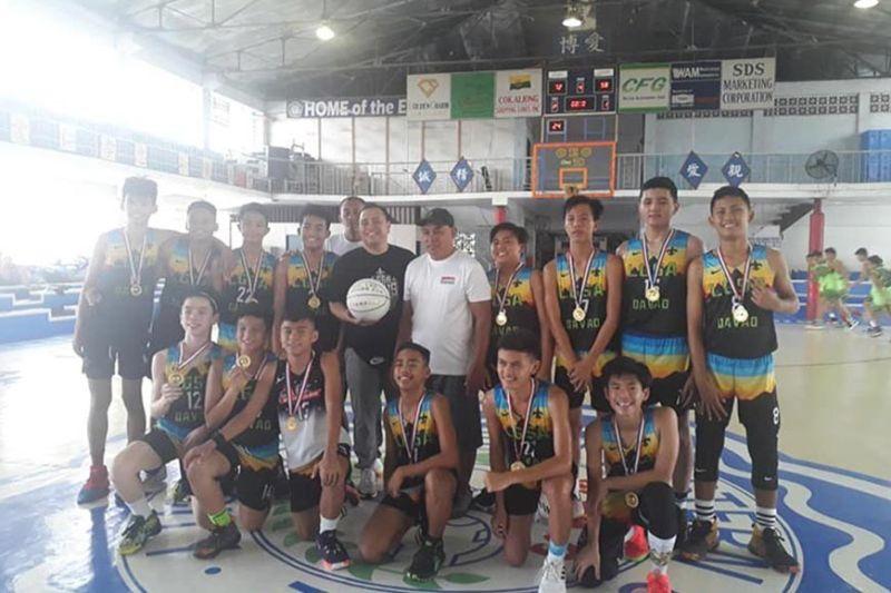 DAVAO. Ang kampeyon nga LGSA Davao malipayon nagpahulagway human maangkon ang kadaugan sa kompetisyon.(Gipaambit nga hulagway)