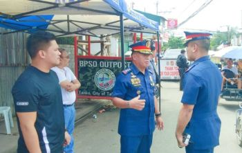 UNITED FOR LAW. Talisay City, Cebu Mayor Gerald Anthony Gullas Jr. (leftmost), Cebu Police Provincial Office Director P/Col. Roderick Mariano (third from left) and Talisay City police chief P/Maj. Gerard Ace  Pelare (facing Mariano) on Friday, Jan. 24, 2020, inspect the outpost in Barangay Tanke where the police have been conducting checkpoints since Wednesday, Jan. 22, to implement law and prevent criminal acts. (Contributed photo)