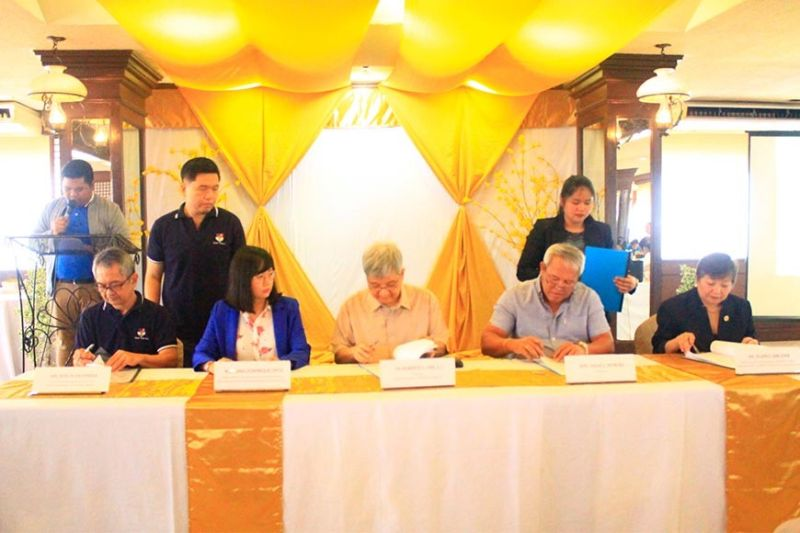 The City Government of Cagayan de Oro and Xavier University have signed two memorandum of understandings (MOUs) last Friday, January 24 that aim to promote renewable and sustainable energy and sharing of transport study software.  (Photo by Jo Ann Sablad)