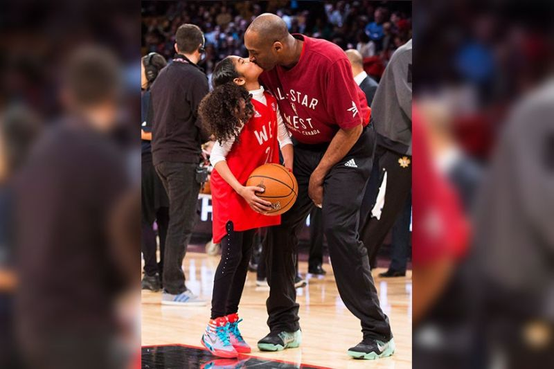 GONE TOO SOON. Kobe Bryant and daughter Giana share a tender moment just before the NBA All-Star Game in 2016, the Laker legend's last season in the league. (AP Photo)