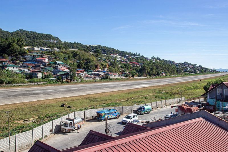 BAGUIO. At least 110 structures within the declared 150-meter buffer zone of the Loakan airport are up for demolition as the city government hopes to fully operate the airstrip for commercial flights. (Photo by Jean Nicole Cortes)