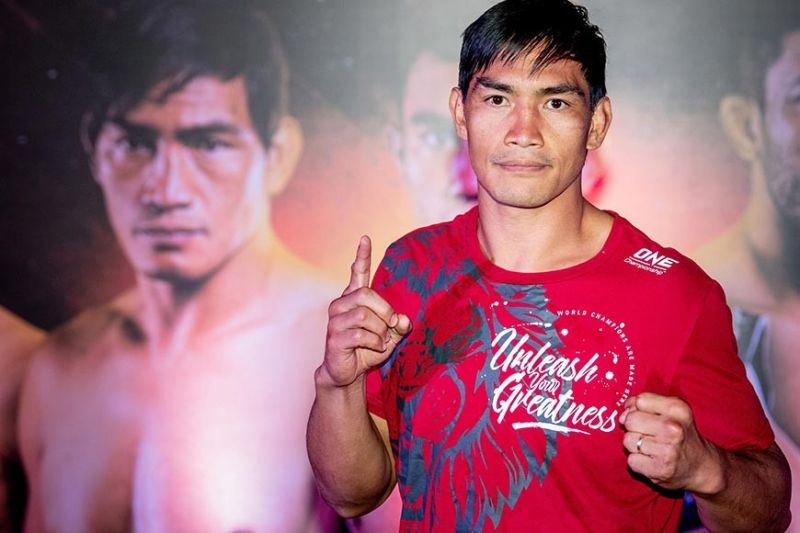 BAGUIO. Two–time ONE Championship lightweight world champion Eduard Folayang stays upbeat of his climb back to title contender as he starts his bid this year against Pieter Buist in the co-main event of ONE: Fire & Fury at the mall of Asia Arena. (ONE photo)
