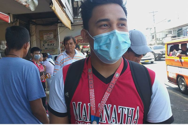 BACOLOD. Supply and price of face masks along with hand sanitizers are being closely monitored by DTI-Negros Occidental especially amid fear brought by novel coronavirus. (Photo by Erwin P. Nicavera)