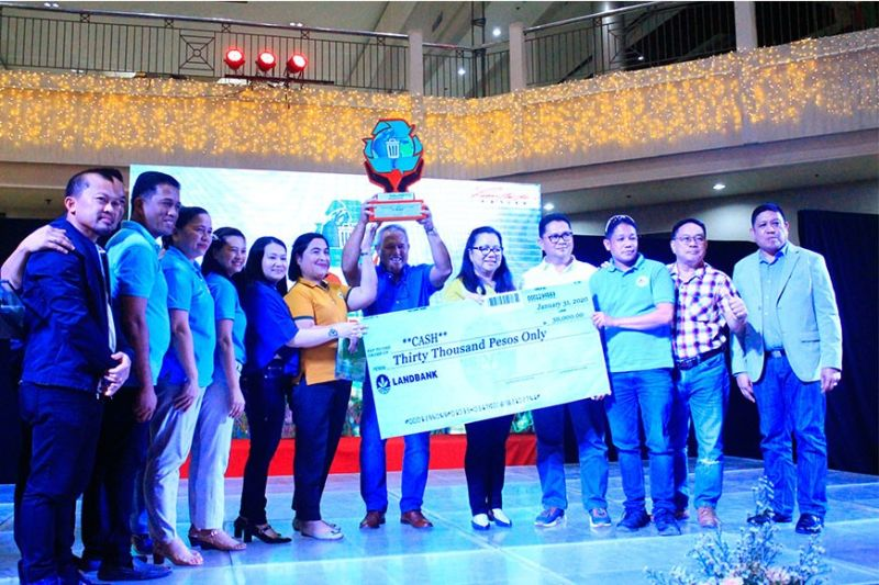 CAGAYAN DE ORO. Macasandig Elementary School and Balubal National High School won the first place in this year's Oro Kalimpyo Awards. The awards was launched by the City Government to raise awareness on the importance and benefits of the Ecological Solid Waste Management or ESWM, ensure compliance with the mandates of the RA 9003, and give appropriate recognition to model villages and schools with outstanding practices on ESWM. (Photo by Jo Ann Sablad)