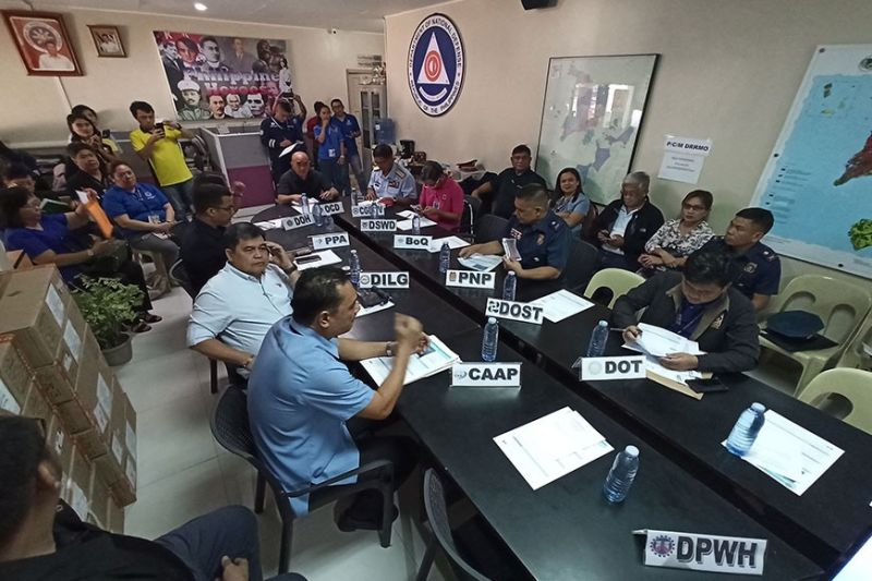 BORACAY. The 2019 novel coronavirus acute respiratory disease pre-disaster risk assessment by members of the Regional Disaster Risk Reduction and Management-Western Visayas at the Office of Civil Defense in Camp Martin Delgado Tuesday, February 4, 2020. (Leo Solinap)