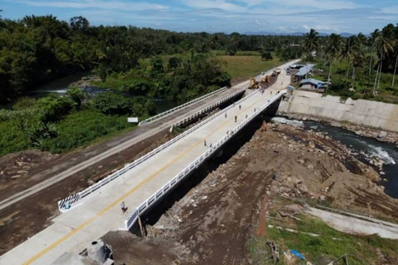 Masiu Bridge – MARAWI CITY. The new Masiu Bridge which will facilitate safer and better travel for residents is now completed and open. (Photo by DPWH)