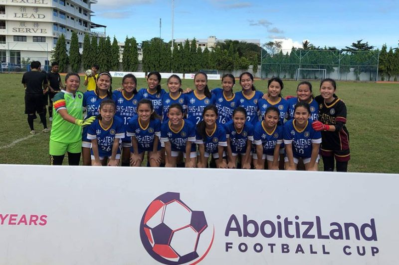 CHAMPS. The members of the Sacred Heart School-Ateneo de Cebu Under-18 girls' team  are all smiles after winning the AboitizLand Football Cup. (Contributed Photo )
