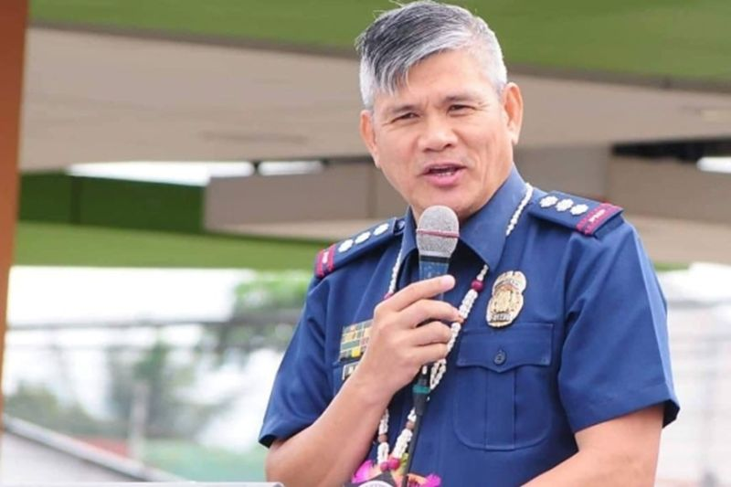BACOLOD. Police Colonel Romeo Baleros, provincial director of the Negros Occidental Provincial Police Office served as the guest of honor and inspirational speaker during the conduct of joint tactical inspection, an annual exercise of the SM Supermalls' customer relations service department. (Photo by Carla N. Canet)