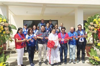 The Department of Public Works and Highways (DPWH) inaugurates and turns over the Bacolod Evacuation Center to the City Government of Bacolod led by Mayor Evelio Leonardia, Congressman Greg Gasataya, Vice Mayor El Cid Familiaran and the members of the City Council at Abada Escay, Barangay Vista Alegre, Bacolod City yesterday morning./MAP photo