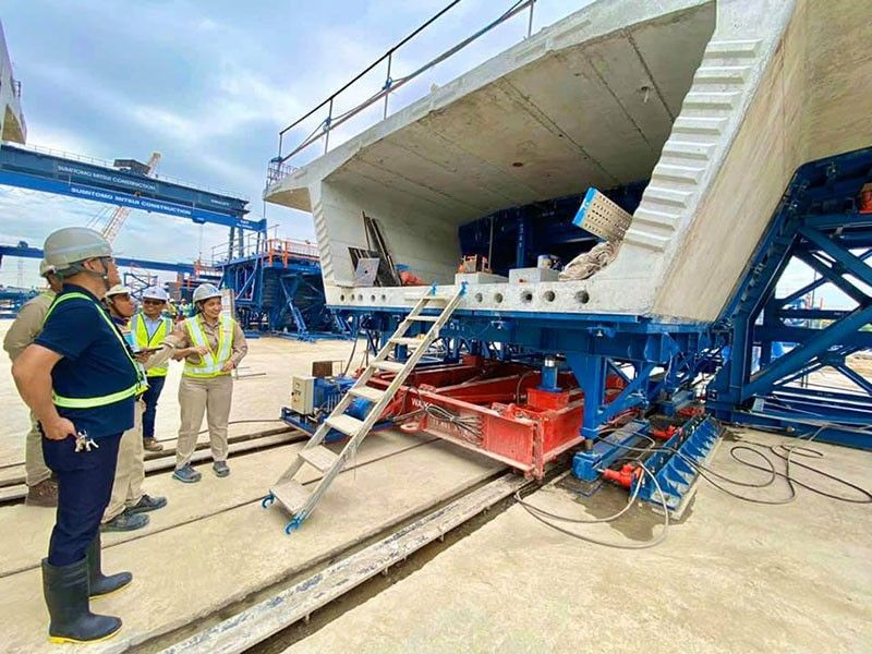 PAMPANGA. Fidel Cruz, DoTr assistant secretary for Railways, inspects precast segments of the PNR Clark Phase 1 which construction is now in full swing. (Contributed photo)