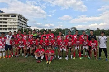 TWO FOR TWO. The Boys 16 and 18 teams of KNF-Don Bosco Boys Home will be gunning for finals seats in the AboitizLand Football Cup. Two other teams--Don Bosco Technical Center and Sacred Heart School-Ateneo de Cebu--also have a semifinalist each in the Boys 16 and Boys 18 divisions. (Contributed Photo)