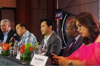 REVIVAL. From left, Josen Perez de Tagle, Philippine Ailines (PAL) vice president for corporate commu-nications; Harry Inoferio, PAL senior assistant vice president-Luzon, Visayas and Mindanao sales; Shahlimar Tamano, Department of Tourism 7 Director; Andrew Harrison, chief executive advisor of GMR- Megawide Cebu Aiport Corp.; and Ria Domingo, PAL vice president for marketing, during the press launching of the Cebu-Los Angeles non-stop flight on Wednesday, Feb. 19, 2020. (Sunstar Photo / Allan Cuizon)