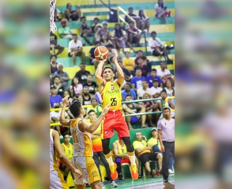 CEBU. Dondon Hontiveros and the rest of Fighter 50 will take on the ARQ-KSB in the semifinal round on Monday. (Photo by Amper Campaña)
