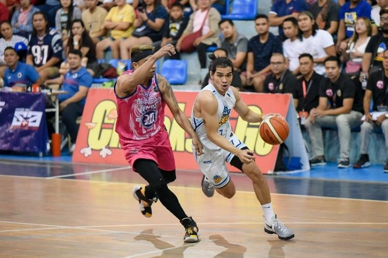 KEY TO SUCCESS. Former University of Southern Philippines Foundation Panthers wingman Joseph Sedurifa has been the barometer for Makati's campaign in the MPBL playoffs. (Photo courtesy of MPBL)