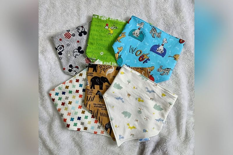 DAVAO. Bandana bibs with animal details. (Photo from Kristle Yra T. Amaya)