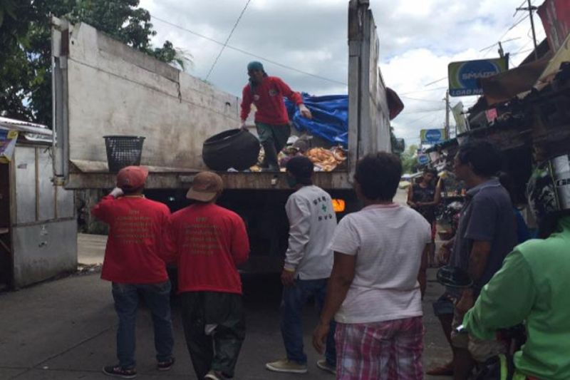 BACOLOD. Bacolod City's garbage hauler IPM-Construction and Development Corp. (IPM-CDC) will add more trucks to serve the 61 villages. (SunStar file photo)