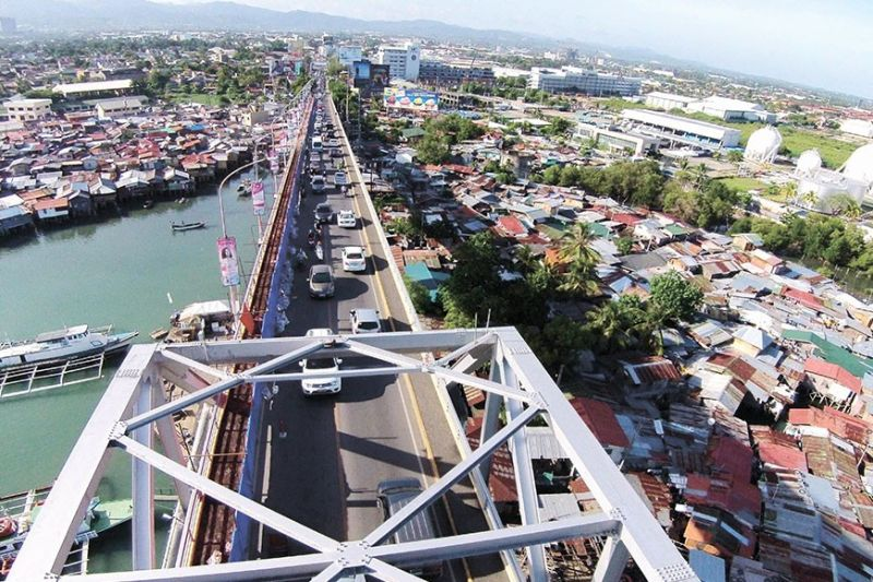 DIVERSE INVEST-MENTS. Now that the economic growth of Lapu-Lapu City shows no signs of stopping, the City wants to not only welcome tourism and manufacturing businesses but also high-value industries, such as knowledge process outsourcing. (Sunstar File)