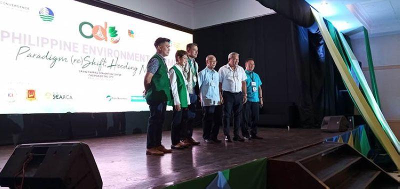 CAGAYAN DE ORO. Mayor Oscar Moreno and Archbishop Antonio Ledesma lead the opening of the 3rd Philippine Environmental Summit held in Grand Caprice, in Cagayan de Oro City. (Jo Ann Sablad)