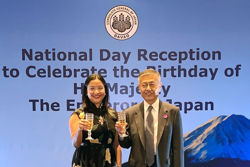 DAVAO. Consul General Yoshiaki Miwa with Councilor Antoinete Castrodes. Toasting to the Emperor's good health, lasting joy and long life, Mayor Sara Duterte's well wishes delivered by through the councilor. (Photo by Jinggoy I. Salvador)